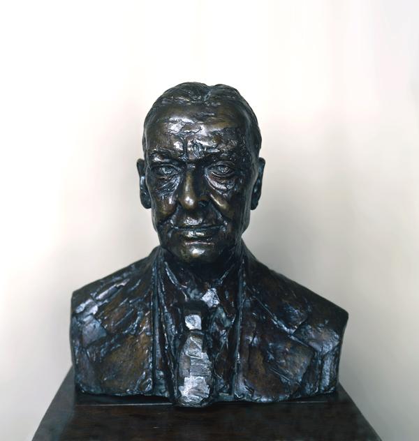 Epstein, Sir Jacob T S Eliot