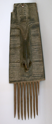 Unknown New Guinea Wood Comb