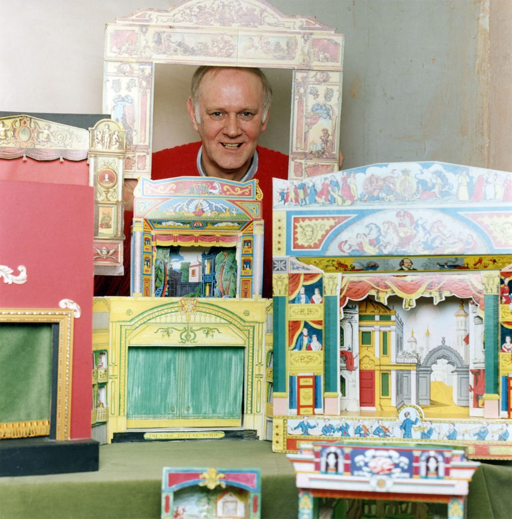 Carroll, Patty Brian Green with his Model Theatre Collection – The Peoples Show 3