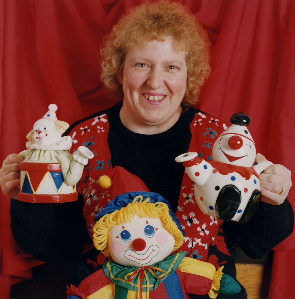 Carroll, Patty Valerie Dunn with her Smiling Clowns Collection – The Peoples Show 3