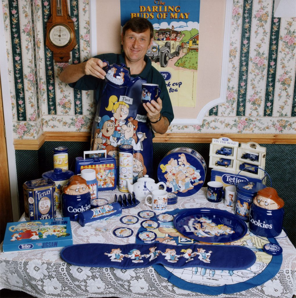 Carroll, Patty Alan Hoult with his Tetley Tea Folk Collection – The Peoples Show 3
