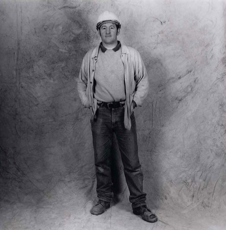 De Nasty, Ming Robert 'Bo Bo' McAteer, Labourer