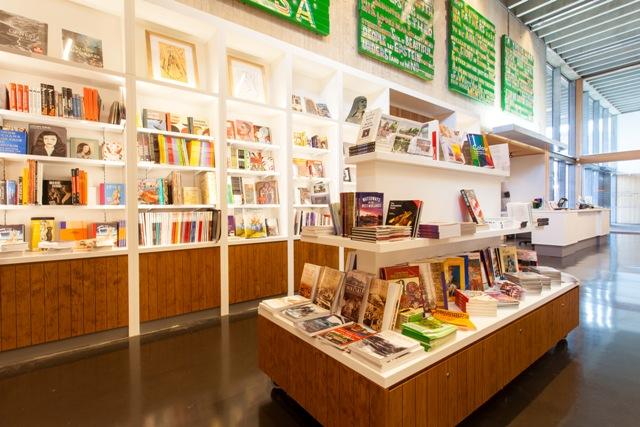 Gallery Shop  e8994642942a8
